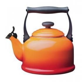 Чайник Trad 2.2л Оранж лава LE CREUSET  92000800090000 | Rustirka.RU - Интернет-магазин надежной бытовой техники в Москве